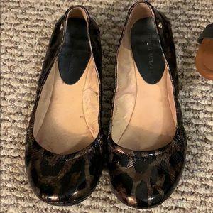 Antonio melani leather leopard print flats size 9